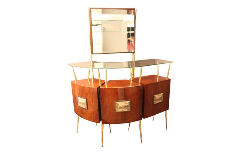 bar d 39 appartement italien dans le style de gio ponti red rose antiques. Black Bedroom Furniture Sets. Home Design Ideas