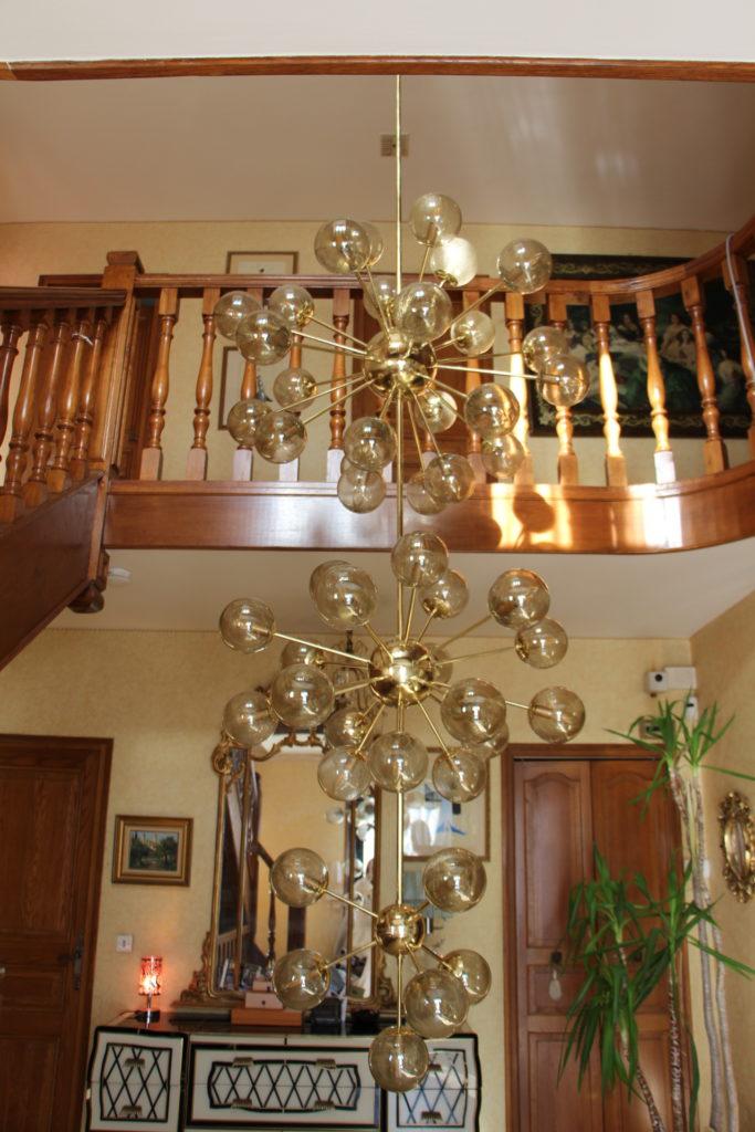 Trés grand lustre formé de 3 spoutniks, lustre d'escalier
