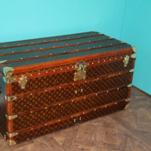 Malle Louis Vuitton courrier 110 cm