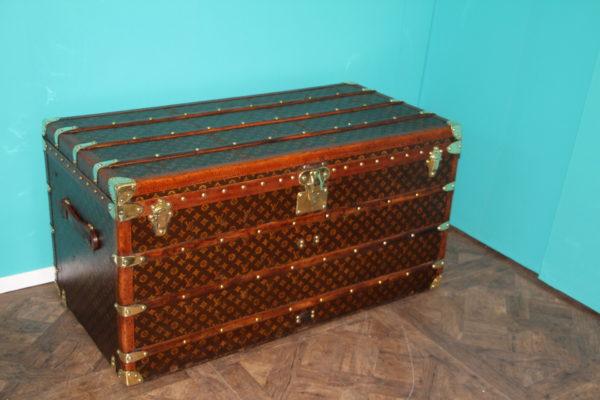 Malle Louis Vuitton courrier 110 cm