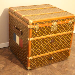 Malle Louis Vuitton cube